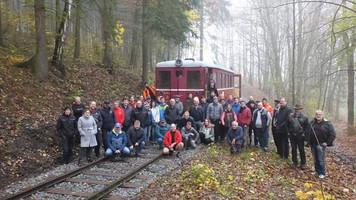 První vlak v km 6,9