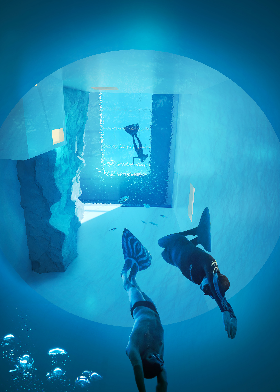 - Blue dive -