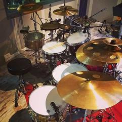 Recording now 😍__#recording #audioengineer #jazz #drumset #drumkit #drummer #drumlife #drumlove #batteristi #batteristiitaliani #drumsticks_