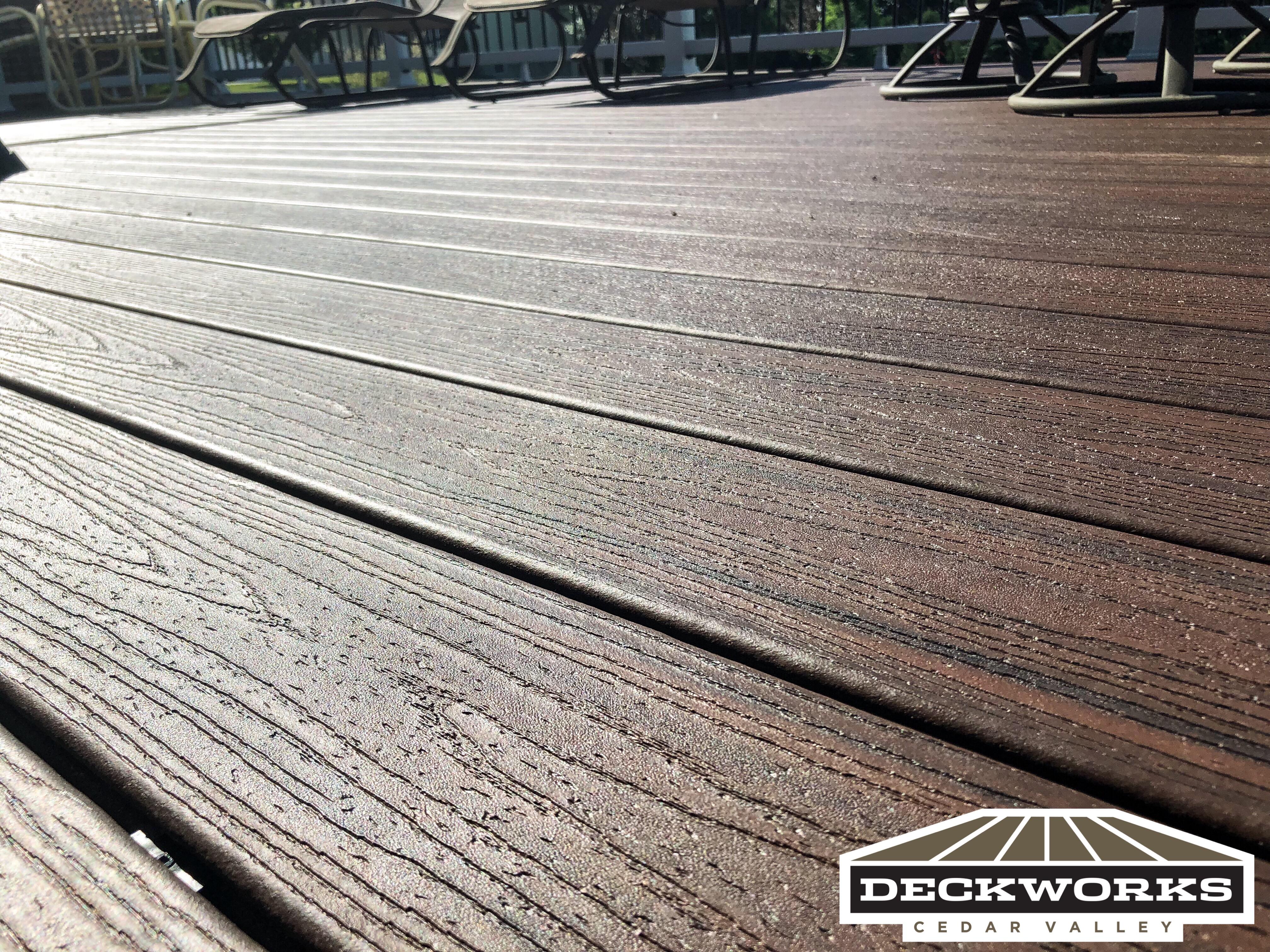 Deck Builder Cedar Falls