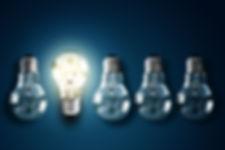 Copie de Illuminated light bulb in a row