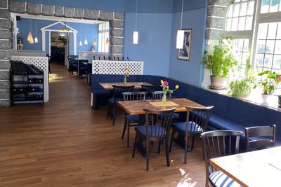 amfipolis-restaurant-4.jpg