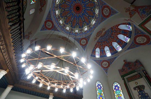 Ferhadija Mosque, interior