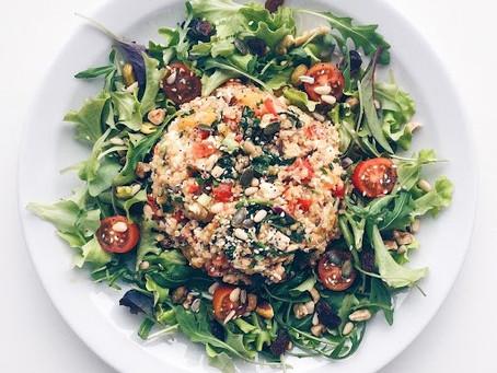 La salade de quinoa poivrons & feta