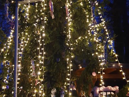 Izdelava božičnih okraskov in prižig lučk