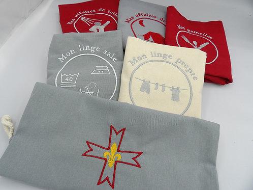 sacs de camp - lot gris rouge crème - croix