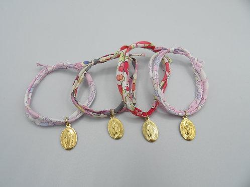 bracelet double tour taille adulte - médaille dorée