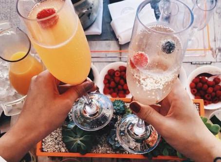 Aburrido de las mimosas: sorprende a tus invitados con un Peach Frizzante