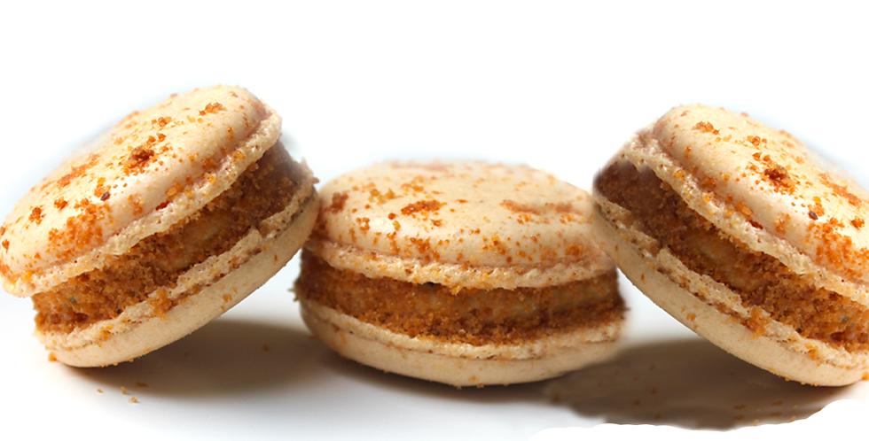 Classic box of foie gras macarons