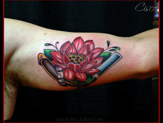 Red Lotus and Straight blade tattoo