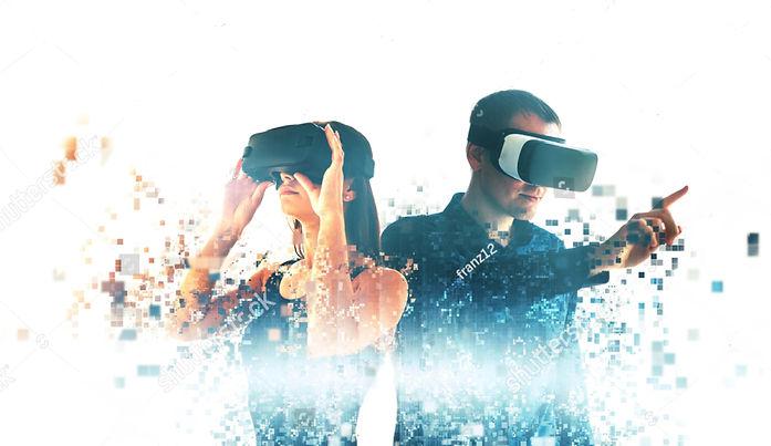 VR man and woman.jpg