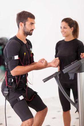 Training unter Strom (SÜDWESTPRESSE)