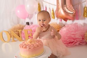 Girl pink and gold cake smash