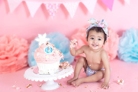 pink and blue cake smash.jpg