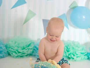Ryan's 1st Birthday - Champion Cake Smasher