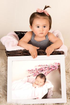 newborn to one milestone photographs gir