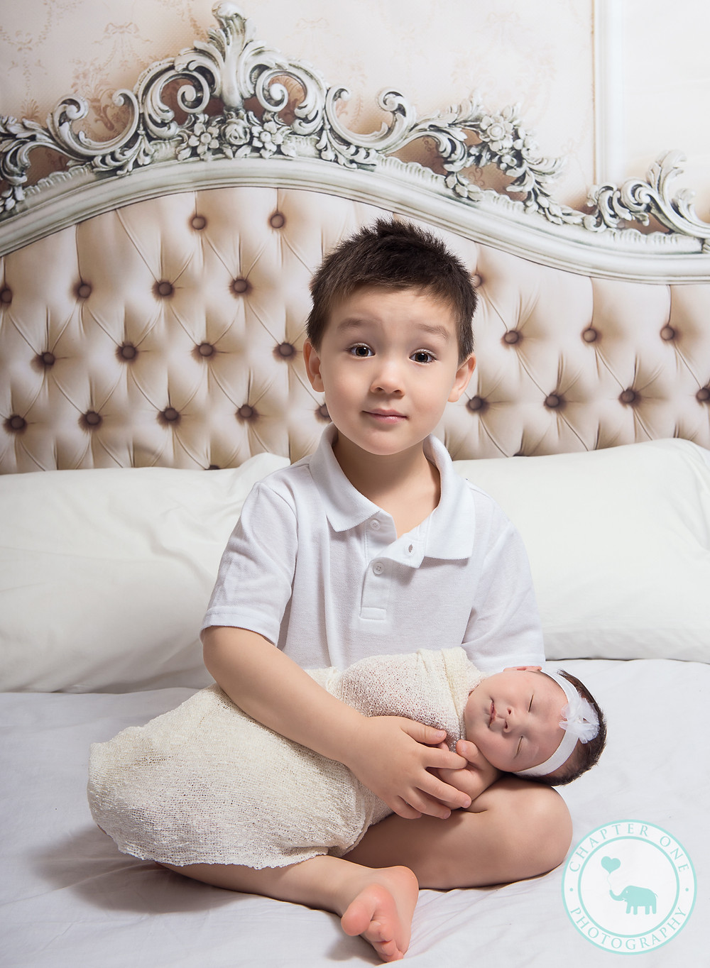Siblings, newborn photography