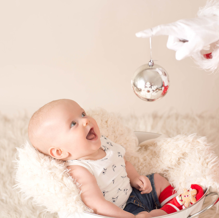 Baby's 1st Christmas at Chapter One