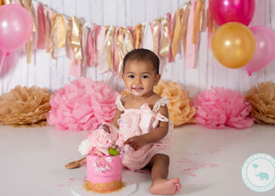 Khia / One Year Old, Pink and Gold Cake Smash