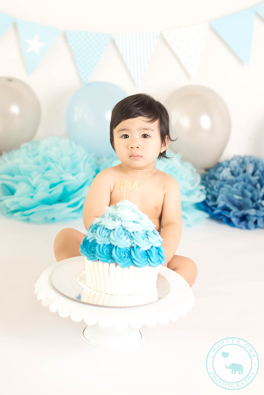 North Sydney Blue Boy Cake Smash Photography