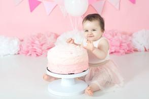 Girl cake smash pink and white