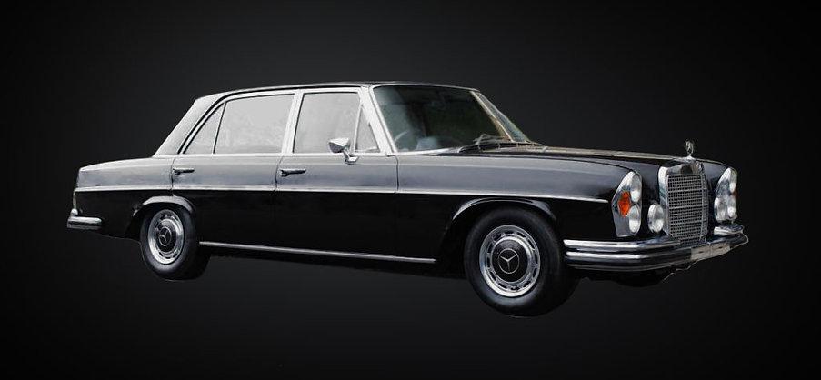 Mercedes300_09_Perspective.jpg