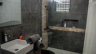 bathroom 2 (4).jpg