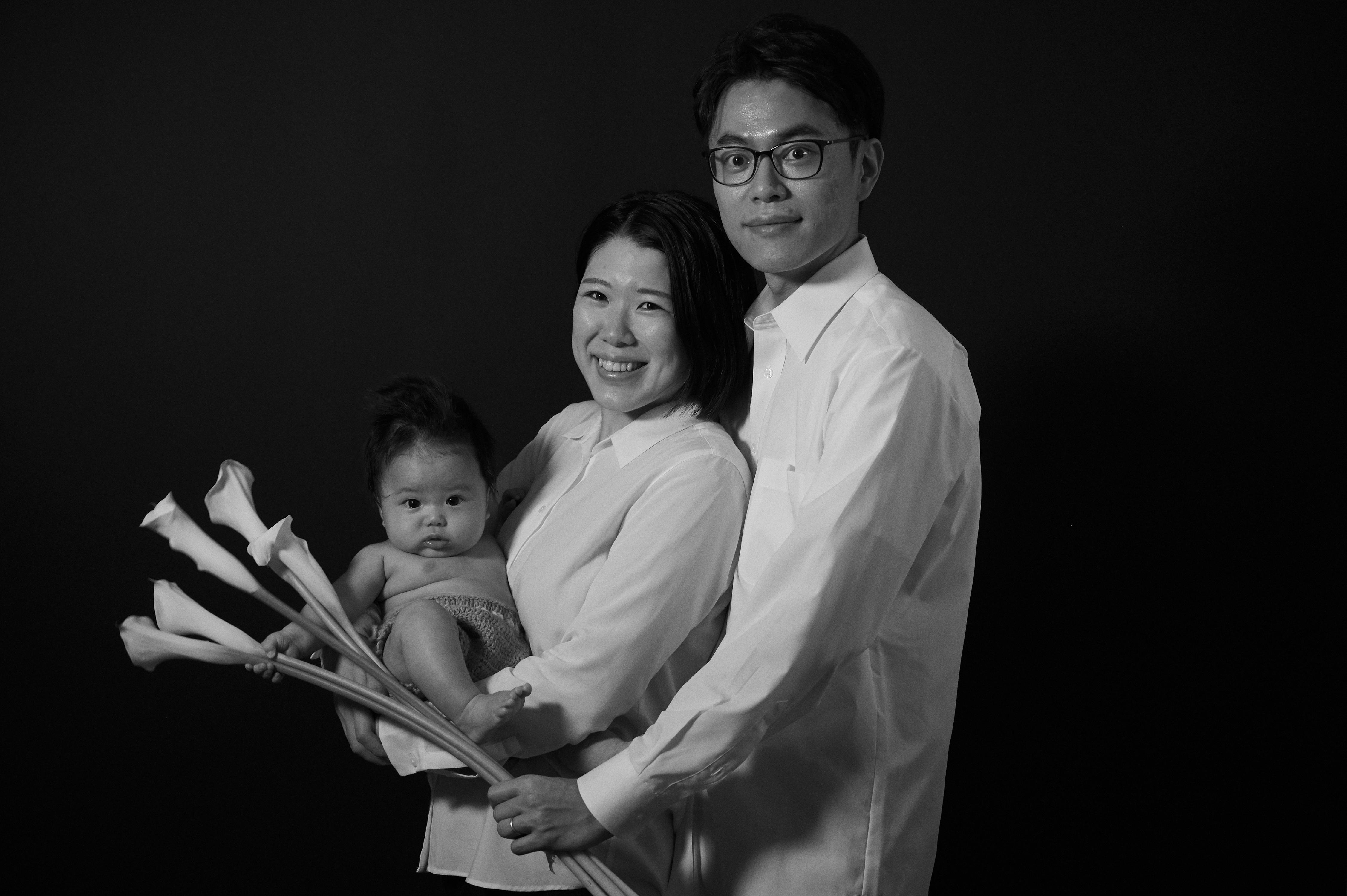 スタジオ撮影 モノクロ 家族写真