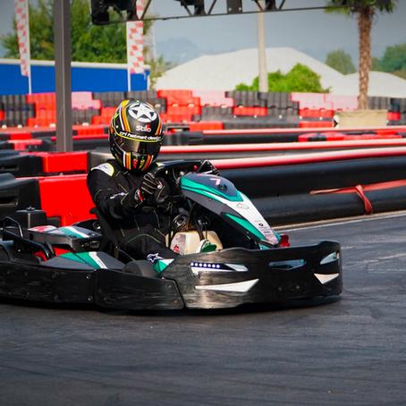 Come si partecipa a una corsa in kart a squadre?