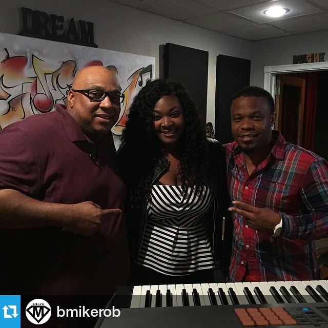 O to @candiceglover #2013 #AmericanIdol #Winner for coming thru.jpg