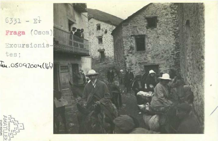 Arxiu Mas. 1925. Excursionistas.