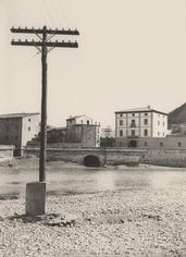 Línea Barcelona - Zaragoza. Fraga, J. Gaspar. 1926. Archivo Histórico Fotográfico de Telefónica.