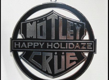 Have a Mötley Christmas!