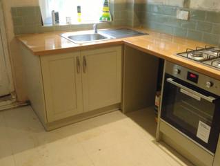 The Surrey Handyman kitchen installation