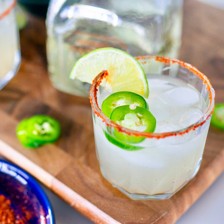 How to Make the Easiest Spicy Margarita