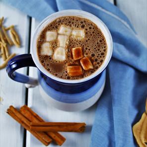 Chocolat chaud tonique et énergisant aux adaptogènes