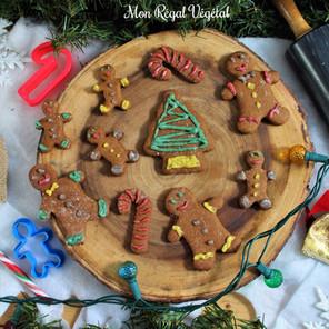 Biscuits au pain d'épices avec glaçage coloré de cajou {Végane}