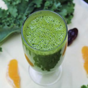 Smoothie vert orange, kale & persil {Végane, sans gluten}