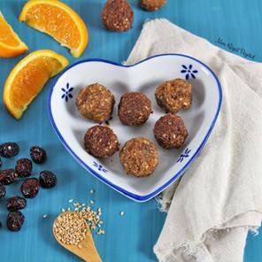 Boules d'énergie canneberges-abricot 4 saveurs (nature, orange, cacao & cacao-orange)