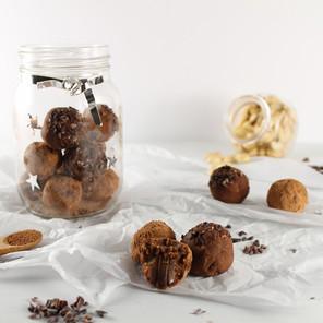 Truffes au chocolat & au cajou {Végane, sans gluten}