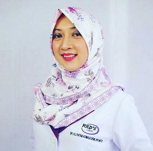 dr. Hj. Ratna Komala Dewi,SpKK, MKes