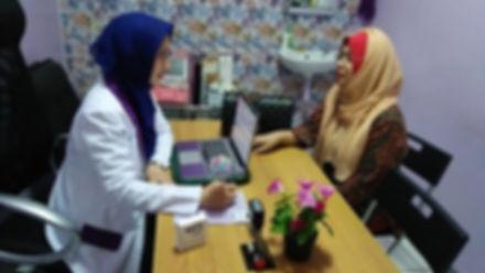 Konsultasi Dengan Dr.Hj. Ratna Komala De