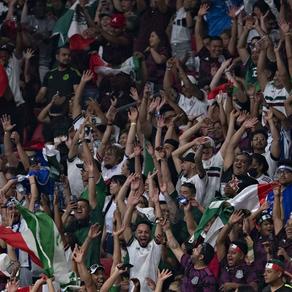 """Por grito de """"Eeeh put..."""", México es castigado con dos juegos a puerta cerrada"""