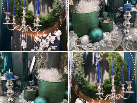 Les vitrines sont en chemin pour Noël