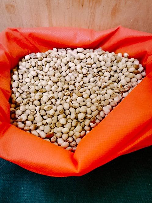 1 kg of peas