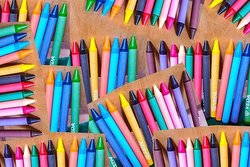 class set of crayons