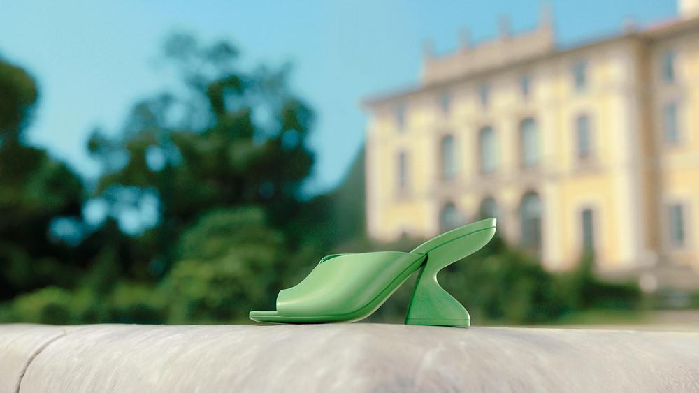 F-HEEL: novo calçado da Salvatore Ferragamo vira febre fashion