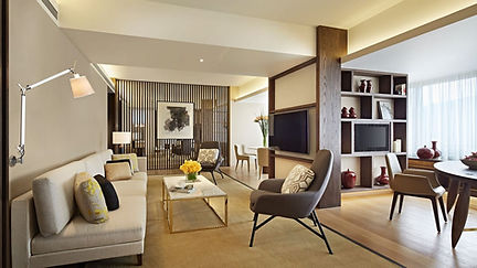 TAIGH-P468-Premier-Suite-2408-Livingroom