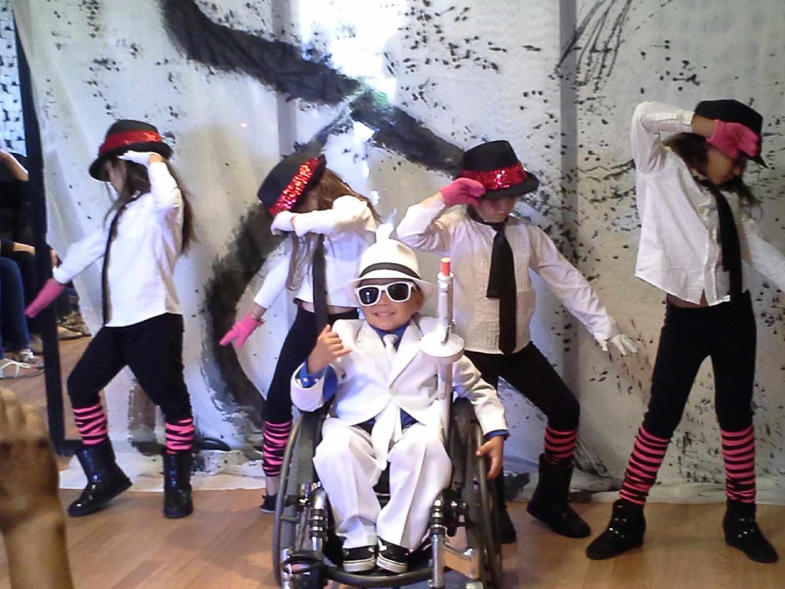 www.wheelchairdancers.org