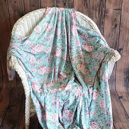 Vintage Floral Cozy Oversize Swaddle